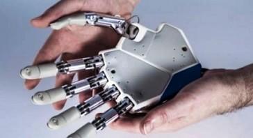 Primera mano biónica que permite sentir