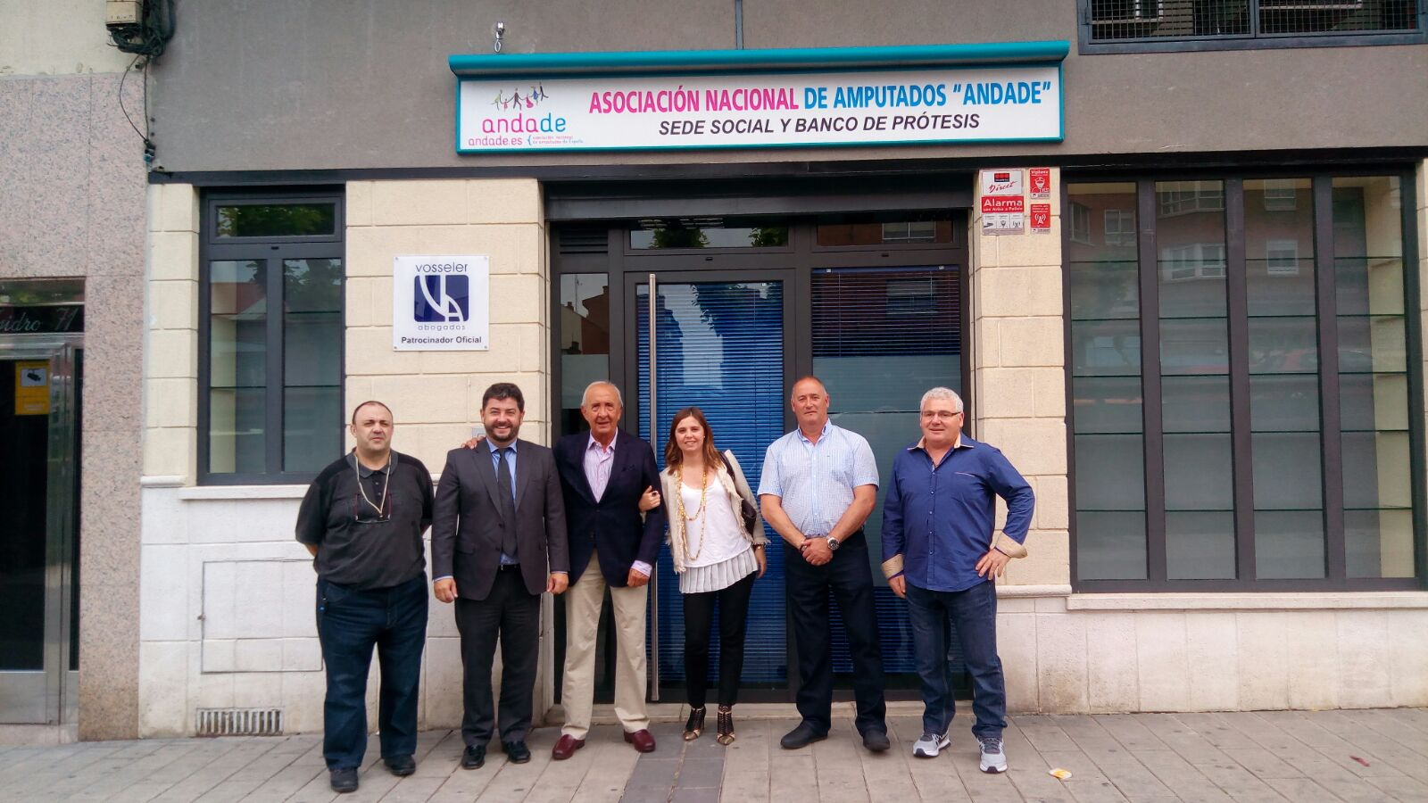 Andade ha abierto el primer banco de pr tesis oficial en for Banco abierto sabado madrid